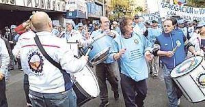 El conflicto por despidos y cesantías en Edesur podría expandirse si no hay acuerdo