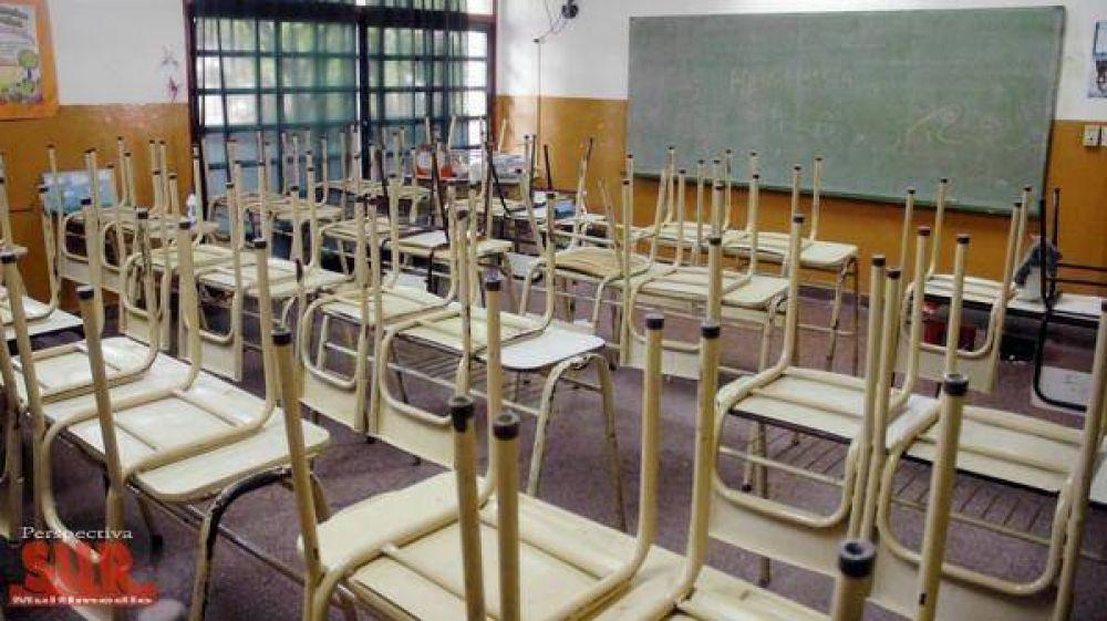 Sindicatos docentes amenazan con un paro en todo el país