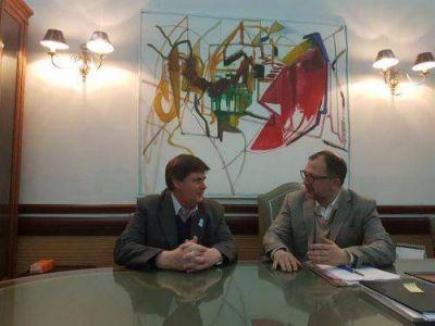 Gargaglione mantuvo un encuentro de agenda abierta con Perechodnik