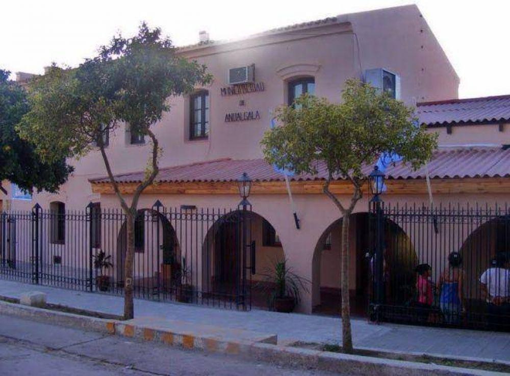 Municipales de Andalgalá solicitan incremento salarial del 15 por ciento