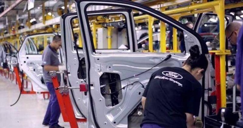 Ford suspendi� 300 operarios en Pacheco y avanza en una reducci�n de personal