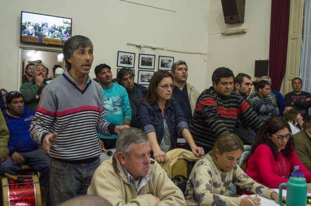 Con presencia de los gremios municipales sesionó el Concejo Deliberante