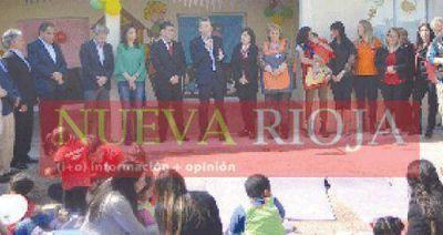 Macri y Casas inauguraron un Centro de Primera Infancia