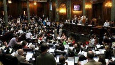 """Natalia Fidel: """"Publicar qué vota cada diputado es transparencia"""""""