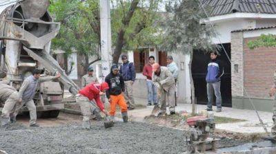 El municipio realiza obras en diferentes barrios de la ciudad