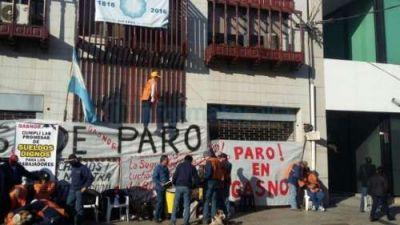 """Trabajadores retobados: """"Vamos camino a un paro indeterminado"""""""
