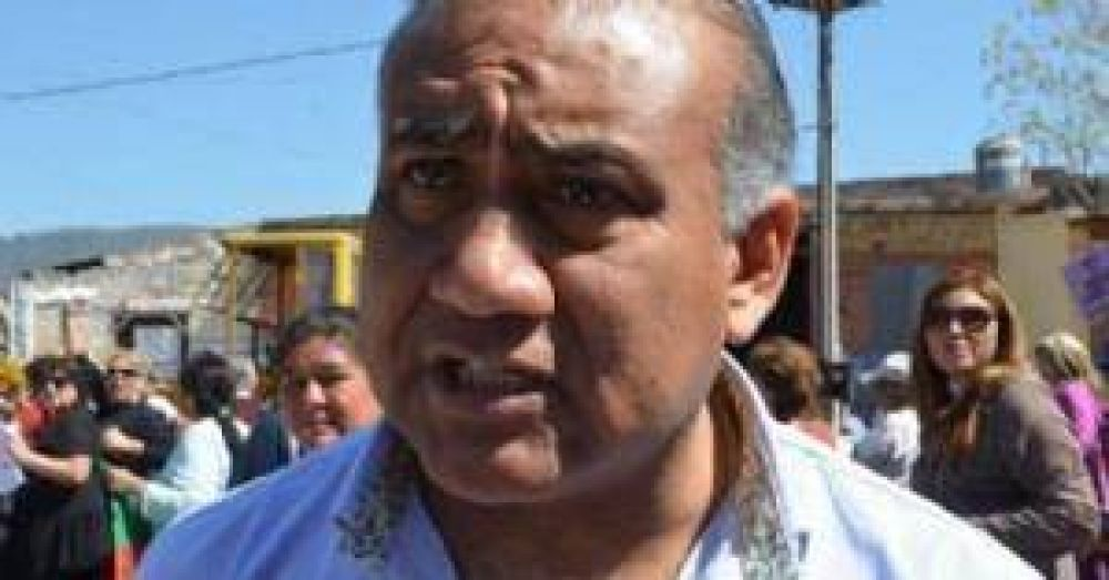 Salvador Mazza: empleados municipales reclaman su sueldo a Méndez