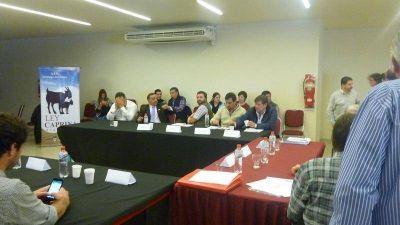 Avanza la planificación de la producción caprina en el marco de la Región Albigasta