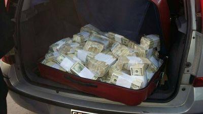 El Banco Central no pudo determinar el origen de los dólares de José López