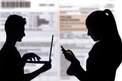 El Gobierno evalúa la participación en la audiencia a través de Skype y Facebook