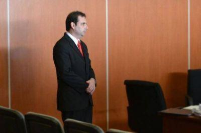 Terrón Villagrán: 5 años y 9 meses de prisión, y $100.000 por daños