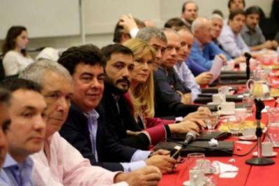 Intendentes y legisladores peronistas, ponen en marcha equipo de trabajo