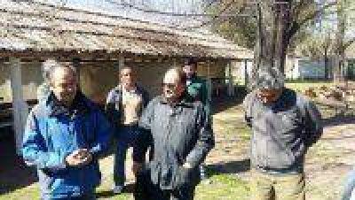 Tapalqué concretó un convenio con Saladillo por la venta de platas del Vivero de Cazón