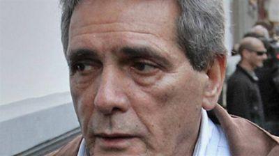 Carlos Acu�a:
