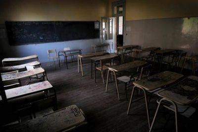 Arranca otra semana corta en las aulas por el paro docente
