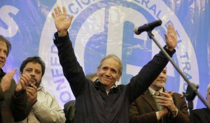 La Sindical Federal renunci� a los cargos y se retir� del congreso de la CGT