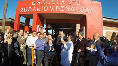Passalacqua inauguró varias obras y entregó viviendas en San Javier