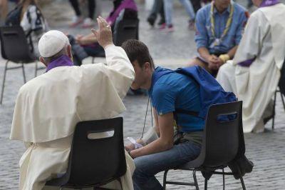 Francisco: �En la confesi�n resplandece particularmente el don la misericordia�
