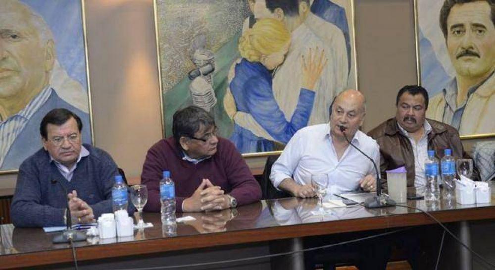 La oposición a la CGT unificada no logró articular una central alternativa