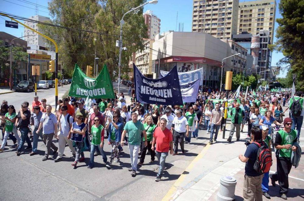 Gremios le piden unidad a Quintriqueo por el ISSN