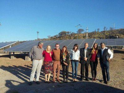 Legisladoras nacionales jujeñas recorrieron ayer el parque solar