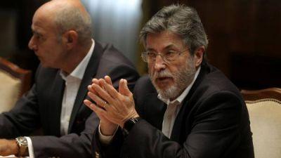 Sospechas de corrupción: ahora suspendieron a un subdirector de la Aduana