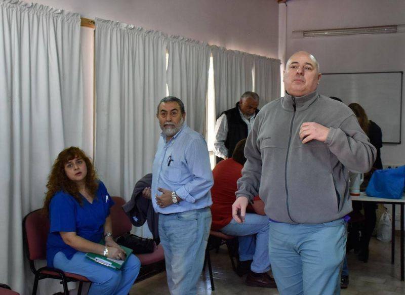 Renunci� Gigena al Sitrasap durante una tensa asamblea