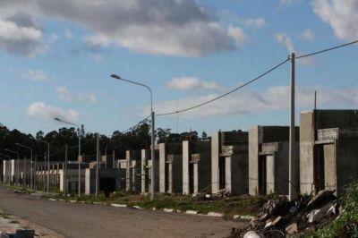 Lunghi le reclam� al jefe de la Regional de Anses certezas para los adjudicatarios del Procrear