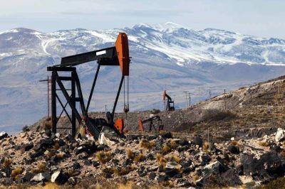 Intiman a una petrolera a cumplir su inversión