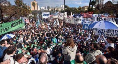 Los gremios le paralizan otra vez la provincia a Vidal