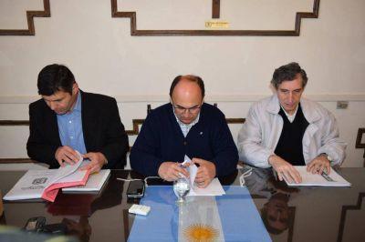 Se firmó el convenio para la reconversión del alumbrado público de Saladillo