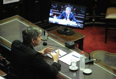Desaparecidos, inflación, los 90 y publicidad K: las definiciones de Peña en el Congreso