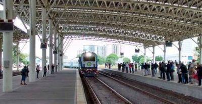 No hay plazos para la vuelta del tren, el Gasoducto y reapertura del ex Emhsa