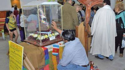 Los fieles honran a la Virgen de Sumampa, Loreto y Huachana que llegaron a la capital y La Banda