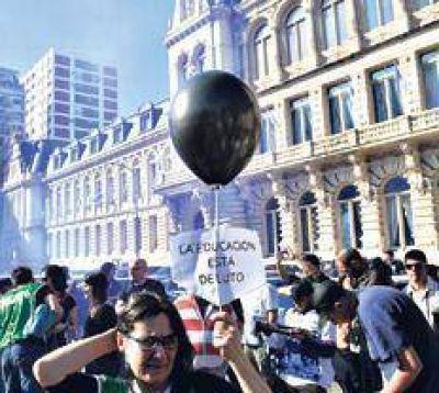 Aulas vacías para que Macri abra las paritarias
