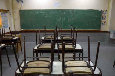 El gobierno descontará el día de paro de los docentes