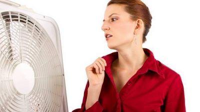 Un estudio británico confirma que las terapias de reemplazo hormonal aumentan el riesgo de cáncer de mama
