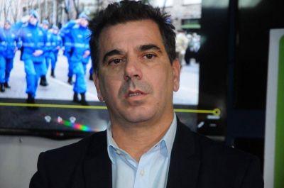 """Ritondo prometió que """"habrá más de 12 mil policías en la costa durante el verano"""""""
