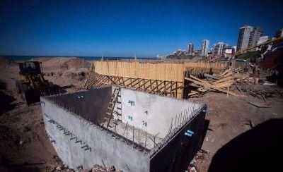 Avanzan las obras privadas en los balnearios de La Perla y del Torre�n del Monje