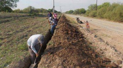La Nación licitó importantes obras de agua potable y red cloacal en el interior
