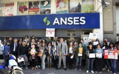 La Plata: Beneficiarios del Procrear pidieron respuestas frente a Anses