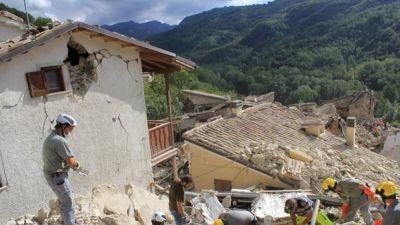 Cada vez son más los muertos en Italia: siguen las réplicas y los derrumbes