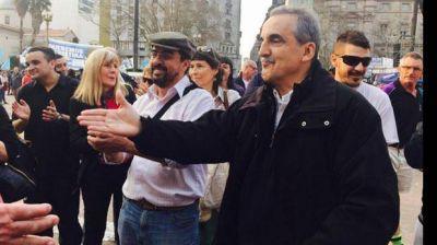Los seguidores de Moreno, lejos de La C�mpora y cerca de su jefe