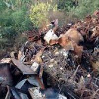 Candelaria: preocupa inmenso basural a metros de futura toma de agua - V�a MisionesCuatro.com