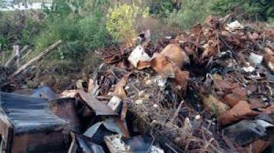 Candelaria: preocupa inmenso basural a metros de futura toma de agua - Vía MisionesCuatro.com