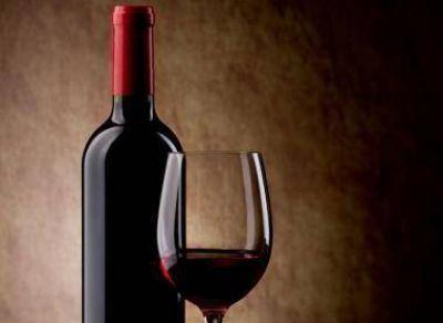 Cayó la comercialización total de vinos 12,52% en julio pasado