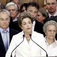 Rousseff declara ante el Senado para defender su historia y su mandato