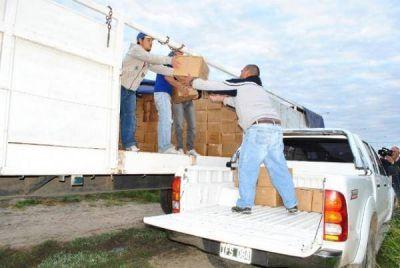 Entrega de módulos alimentarios para comunidades aborígenes