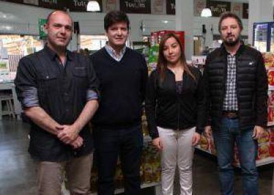 Tras 15 años se volvieron a unir los supermercados