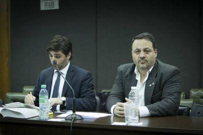 """Solicitan que Pampillón sea declarado """"persona no grata"""" en la UNMDP"""